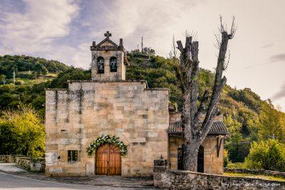 Exterior de la Ermita de Nuestra Señora del Carmen en Las Fraguas (Cantabria)