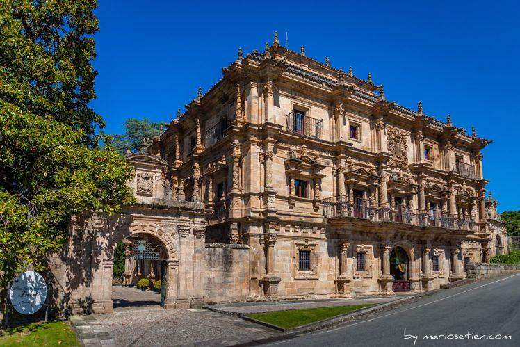 Fachada del Palacio de Soñanes