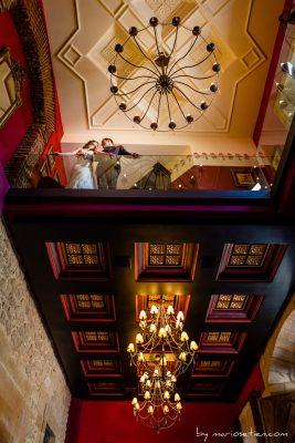 Sesión de novios en el interior del Palacio de Soñanes
