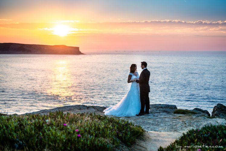 Fotografía de postboda días después de la boda en Suances