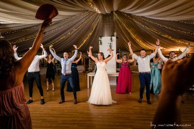 Baile con coreografía de todos los invitados